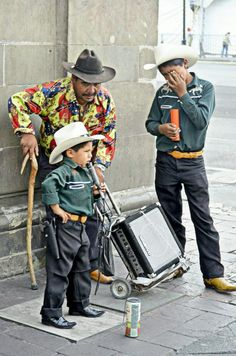 The people of #Mexico: Little Singer. by Juan Pablo Rodríguez on 500px