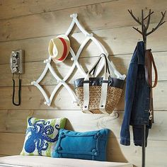 Expandable Coat Rack - bench below works, too - could be too many benches with long bench, but good storage option if you don't like the shoe rack from IKEA Woodworking Table Saw, Woodworking Hand Tools, Teds Woodworking, Rabbit Hutch Indoor, Entry Bench, Wall Mounted Coat Rack, Grandin Road, 3 D, Pillows