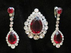 STUNNiNG Set! Vintage Signed Kramer Brooch Pin Earrings Ruby RED Rhinestones Sold for $ 105