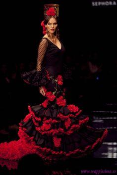 flamenco dress, flamenco, from spa in. Costume Flamenco, Dance Costumes, Spanish Dress Flamenco, Spanish Costume, Spanish Woman, Spanish Art, Spanish Fashion, Dance Dresses, Flamenco Dresses