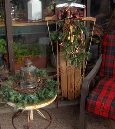 Somethings Old, New, Green, Redo!: Junkin' Finds:Christmas Arrangements for the Porch