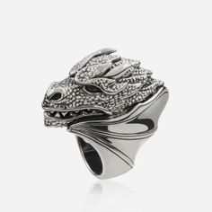 Silver Targaryen ring by Aristocrazy  http://cuchurutu.blogspot.com.es/2014/04/game-of-thrones-fashion-ha-vuelto.html