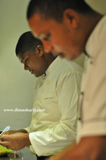 DIMA SHARIF: Calamari & Shrimp Vindaye - Mauritius Specialty Mustard Curry