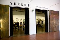 "Mostra ""Versus"", preview."