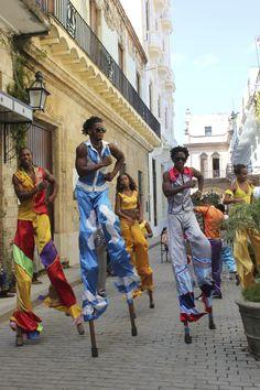 Street Theatre . Cuba