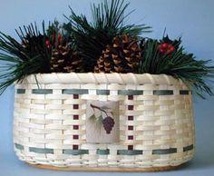 Pinecone Centerpiece BasketPattern