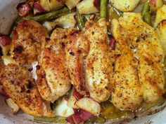 Garlic and Lemon Chicken with Green Beans and Red Potatoes.  Everything is baked in one dish.