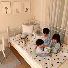 #KoreanBaby #SoCute #CuteBaby#Cuteboy #Ulzzangkid #Babyboy #Littlebaby #Ulzzangbaby #Ulzzangcouple #Babygirl #Cutegirl Cute Asian Babies, Korean Babies, Asian Kids, Cute Babies, Twin Baby Boys, Twin Babies, Baby Kids, Cute Little Baby, Little Babies
