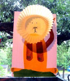 adorable!!! cupcake liner lion craft!