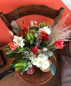 Flowers are a brilliant way to bring brightness into your home & add that pop of colour. We have added some great bright mixed bouquets to our offerings @blissfloralcreations Wedding Colours, Event Styling, Fresh Flowers, Personalized Wedding, Floral Arrangements, Bouquets, Color Pop, Bliss, Floral Design