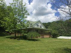 Mc Daniel Horse Farm Retreat Horse Farms, Kentucky, Cabin, Horses, House Styles, Home Decor, Decoration Home, Room Decor, Cabins