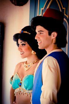 Jasmine and Aladdin Walt Disney Florida, Disney Parks, Walt Disney World, Disney Couples, Disney Love, Disney Magic, Disney Fairies, Disney Stuff, Disneyland Face Characters