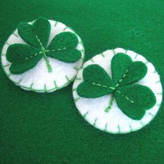 Felt Shamrock pins for St Patrick's Day
