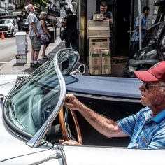 Taking the old girl out for a spin. #convertible #streetphotography #streetphoto #everybodystreet #streetlife_award #streetdreamsmag #igersneworleans #frenchquarter #neworleans by boudreaux.photo