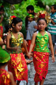 sweet from Bali, Indonesia, Wanderlust, Bucket List, Island, Paradise, Bali, Travel, Exotic Places, temple, places to visit in Bali, Balinese food must try.