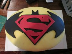 Some Cool Batman Vs Superman Cakes ideas for the People who are huge fan of Batman and superman
