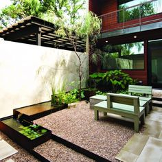 Zen Garden Design, Pictures, Remodel, Decor and Ideas - page 2 (Simple Patio Step) Design Exterior, Patio Design, Garden Design, House Design, Courtyard Design, Zen Design, Courtyard Ideas, Wall Design, Landscaping Austin