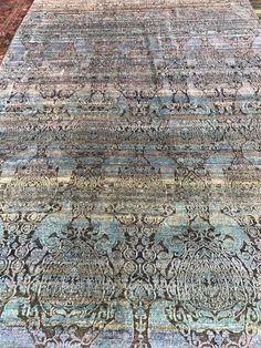 #silkcarpet #handknotted #custommade #rugsbygoldberry #persianknots #carpets #rugs Animal Skin Rug, Fancy Bed, Carpet Manufacturers, Denim Rug, Embroidered Bedding, Bath Mat Design, Indian Rugs, Braided Rugs, Wool Carpet