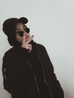 Modern Hijab Fashion, Hijab Fashion Inspiration, Muslim Fashion, Modest Fashion, Fashion Outfits, Casual Hijab Outfit, Hijab Chic, Hijabi Girl, Girl Hijab