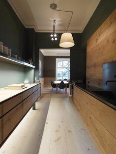 Garde Hvalsøe - Thoughts and Wood - Dinesen