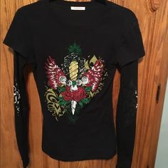Michelle USA studded l/s tee. Size Med Gorgeous studded l/s tee by Michelle. Size M. Super comfy. Sleeves are black mesh with cool flames going up. Michelle Tops Tees - Long Sleeve