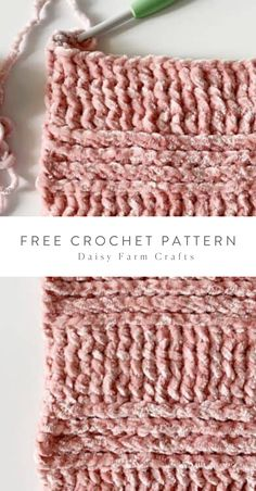 Free Pattern - Crochet Velvet Infinity Scarf Free Pattern - Crochet Velvet Infinity Scarf Learn the Crochet Scarves, Crochet Hooks, Free Crochet, Crochet Leg Warmers, Crochet Patron, Crochet Stitches Patterns, Scarf Patterns, Crochet Instructions, Lana