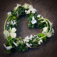 Woodland heart with calla lilies