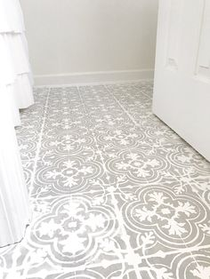 Plum Pretty Decor & Design Co.How to Paint Your Linoleum or Tile Floors to Look Like Patterned Cement Tiles- Full Tutorial — Painting Tile Floors, Painting Concrete, Painted Floors, Painted Tiles, Linoleum Flooring, Bathroom Flooring, Kitchen Flooring, Paint Linoleum, Paint Bathroom
