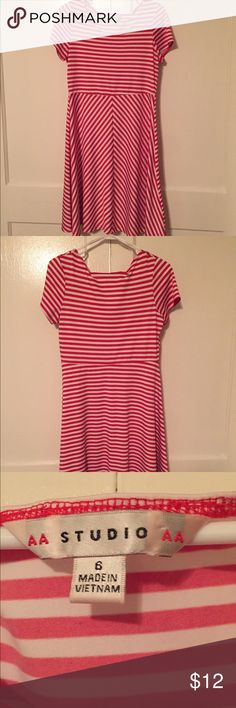 💥🔥💥FLASH SALE. Red and white-striped dress. This dress just slips on, no zippers or buttons! It's perfect for a cute look with minimal effort.  Looks good with most neutral cardigans or a statement necklace. Great for summer because it's lightweight. Dresses