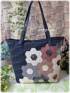 Hexagon Patchwork, Hexagon Pattern, Hexagon Quilt, Patchwork Bags, Quilted Bag, Japanese Quilts, Japanese Bag, Fabric Bins, Diy Purse