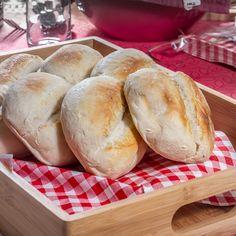 ¿Sabías que puedes dejar pan HOME BAKERY de BredenMaster horneado para el desayuno de mañana? Sólo lo calientas un par de minutos y queda delicioso. ¡Como recién horneado!