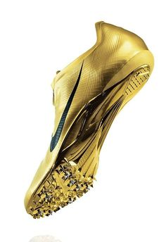 Even vetter that my school's colors are Black and Gold! Sprint Spikes, Track And Field Spikes, Nike Track And Field, Running Track, Running Shoes Nike, Soccer Shoes, Running Tips, Soccer Cleats, Running Spikes