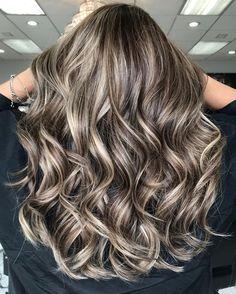 70 Flattering Balayage Hair Color Ideas for 2020 Brown Hair With Blonde Highlights, Brown Hair Balayage, Brown Blonde Hair, Hair Color Balayage, Brunette Hair, Gold Highlights, Gray Hair, Blonde Balayage Highlights, Honey Balayage