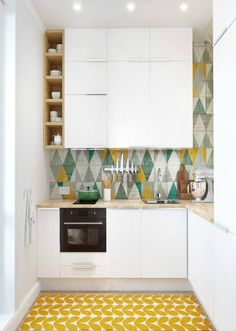 Small kitchen design planning is important since the kitchen can be the main focal point in most homes. We share collection of small kitchen design ideas Kitchen Backsplash, Diy Kitchen, Kitchen Decor, Kitchen Cabinets, Kitchen Ideas, Backsplash Ideas, Kitchen Shelves, Kitchen Storage, White Cabinets