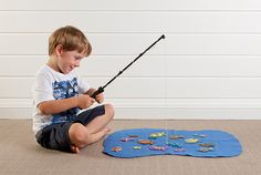 Tara Dennis - see how to make a fun fishing game for the kids with this easy craft idea.
