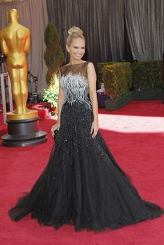 Kristin Chenoweth in Tony War Couture On the Red Carpet at the Oscars