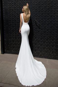 Robe de mariée glamour – Création Orli (dos)