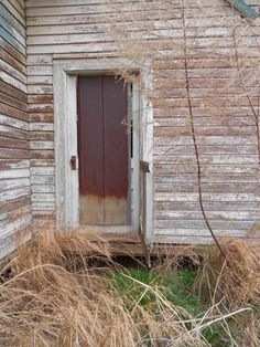 beautyeveryday -  Details of an oldhouse