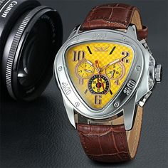 800+SOLD, HOT SALE!  Size cm inch Diameter 4.5 1.8 Thickness 1.5 0.6 Total Length 24 9.4 Band Width 2.5 1.0 Surface Material:Ordinary Glass Case Material:Sta Band Pictures, Swiss Army Watches, Fashion Watches, Men's Watches, Thick Leather, Luxury Watches For Men, Beautiful Watches, Mechanical Watch, Formal Shoes