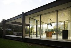 Image 3 of 24 from gallery of CTN House / Brengues Le Pavec architectes. Photograph by Marie-Caroline Lucat Cabinet D Architecture, Interior Architecture, Farnsworth House, Internal Courtyard, House Extensions, Facade House, Modern House Design, Beautiful Homes, My House