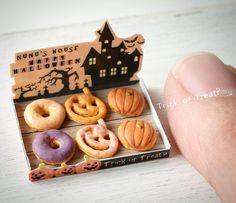 涼しくなってもう秋を感じてしまってます! #miniature #ミニチュア#ハロウィン #スイーツ #ドーナツ#お菓子作り #sweet