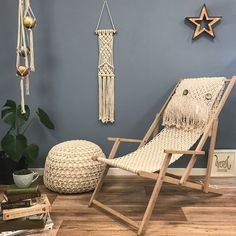 Are you interested in our macrame deckchair diy kit? With our macrame chair craft kit you need look no further.t's finished and for my lovely friends there's off this weekend only! Our macrame deckchair kit has arrived. I'm so pleased with theH Macrame Chairs, Macrame Wall Hanging Diy, Hanging Rope, Macrame Projects, Easy Projects, Cordon Macramé, Diy Hammock, Hammocks, Macrame Cord