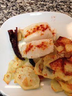 Bacalao con patatas al horno. Drinks, Food, Gastronomia, Cape Cod, Drinking, Beverages, Meal, Essen, Drink