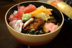 There's more to sushi than nigiri and rolls: Here are Honolulu's best bowls