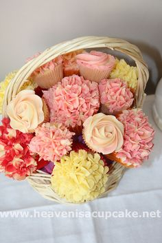 party cupcakes | Here is a beautiful cupcake Bouquet from heavenisacupcake.net's ...