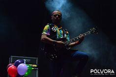 Los Caligaris en el Vive Latino 2017   Pólvora, La Explosión del Rock