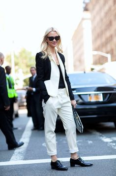 Stylish colorblocked blazer // New York Fashion Week Street Style - Harper's BAZAAR New York Fashion Week Street Style, Spring Street Style, Street Style Looks, Street Chic, Nyc Spring, Spring Summer, Spring Style, Star Fashion, Fashion Show