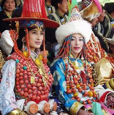 Local Style Finery on Show in Aba County, Tibet by BetterWorld2010, via Flickr