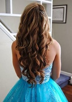 50 Gorgeous Prom Hairstyles For Long Hair Long Hair Styles Hair Gorgeous Loose Curls Prom Hair Hair Styles Curled Prom Hair Bridesmaid Loose Curls Long Hair Omb Grad Hairstyles, Dance Hairstyles, Homecoming Hairstyles, Formal Hairstyles, Hairstyles With Bangs, Pretty Hairstyles, Wedding Hairstyles, Prom Hairstyles For Long Hair Curly, Updos Hairstyle