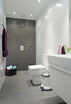 bad dunkle bodenfliesen helle wandfliesen ziakia. Black Bedroom Furniture Sets. Home Design Ideas